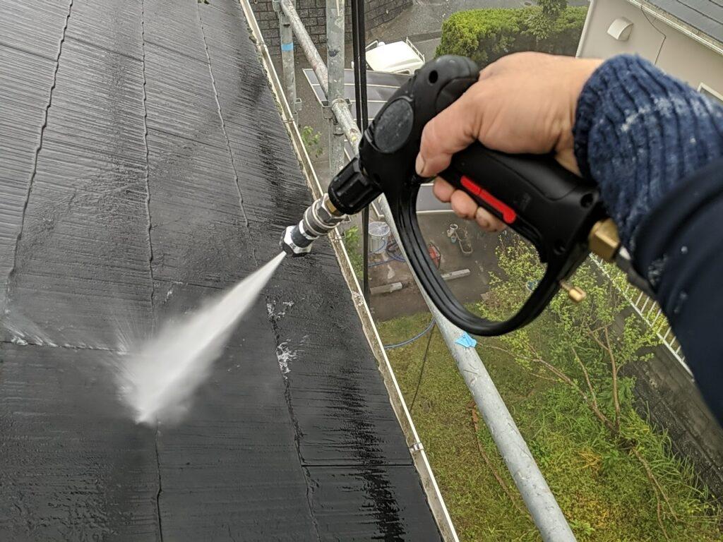 屋根塗装工事【高圧洗浄】